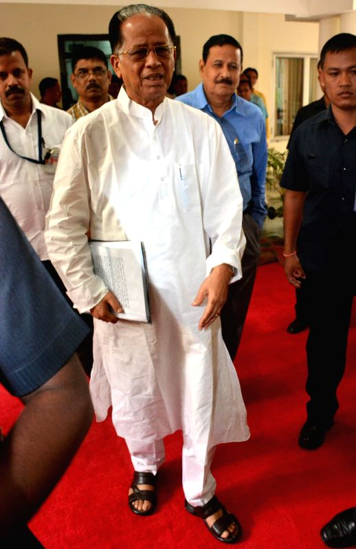 Assam Chief Minister Tarun Gogoi arrives to present State Budget 2014-15 at Assam Legislative Assembly in Guwahati on Aug 11, 2014. - Tarun Gogoi