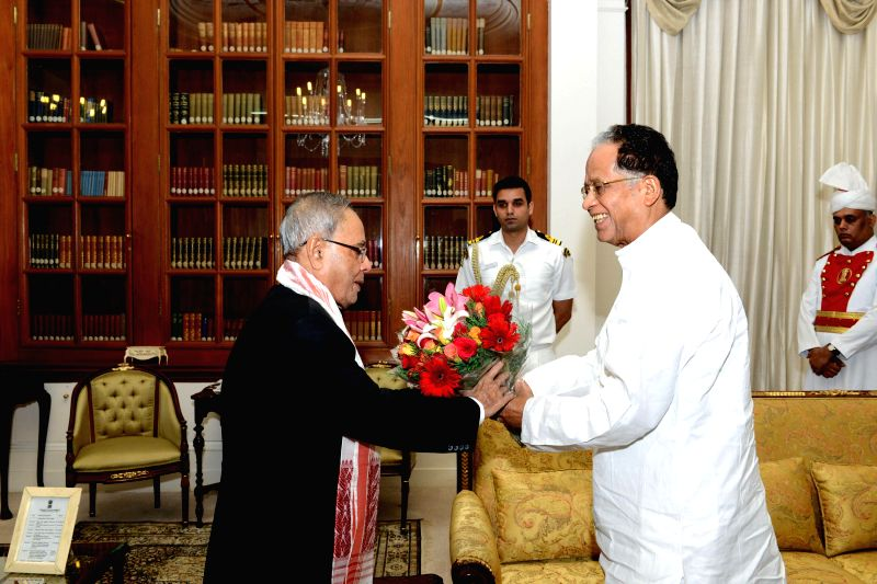 Assam Chief Minister Tarun Gogoi during a meeting with President Pranab Mukherjee at Rashtrapati Bhawan in New Delhi on July 9, 2014.