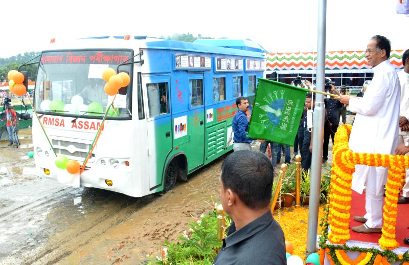 Assam Chief Minister Tarun Gogoi flags-off Mobile Science Laboratory during 68th Independence Day celebrations at Veterinary Field in Guwahati on Aug 15, 2014.