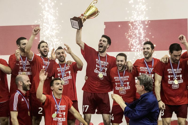 ATHENS, June 7, 2018 - Olympiacos' players celebrate with the trophy during the awarding ceremony for the Greek Men's Handball Championship Final between AEK and Olympiacos in Athens, Greece, June 6, ...