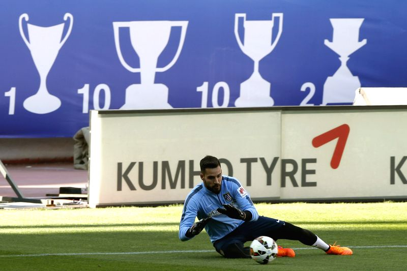 Atletico Madrid's goalkeeper Angel Moya during the training of the team held at Vicente Calderon's stadium in Madrid, Spain on 6 April 2015. Atletico Madrid will face Real Sociedad during their ...