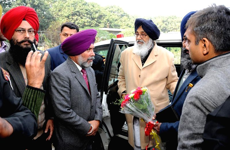 Punjab Chief Minister Parkash Singh Badal meets the officers of Horticulture department at the Government Garden and Nursery in Attari on Dec 12, 2014. - Parkash Singh Badal