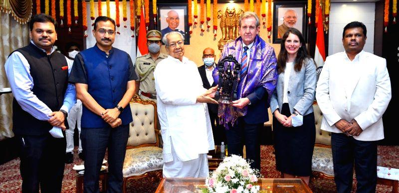 Australian High Commissioner calls on Andhra Governor