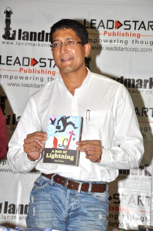 Author Satyen Nabar at his book launch `A Bolt of Lightning` at Landmark, Infiniti Mall, Andheri.