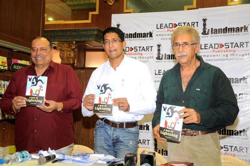 Author Satyen Nabar with bollywood actror Naseeruddin Shah and World Billiards Champion Micheal Ferreira at his book launch of `A Bolt of Lightning by Satyen Nabar` at Landmark, Infiniti Mall,... - Naseeruddin Shah