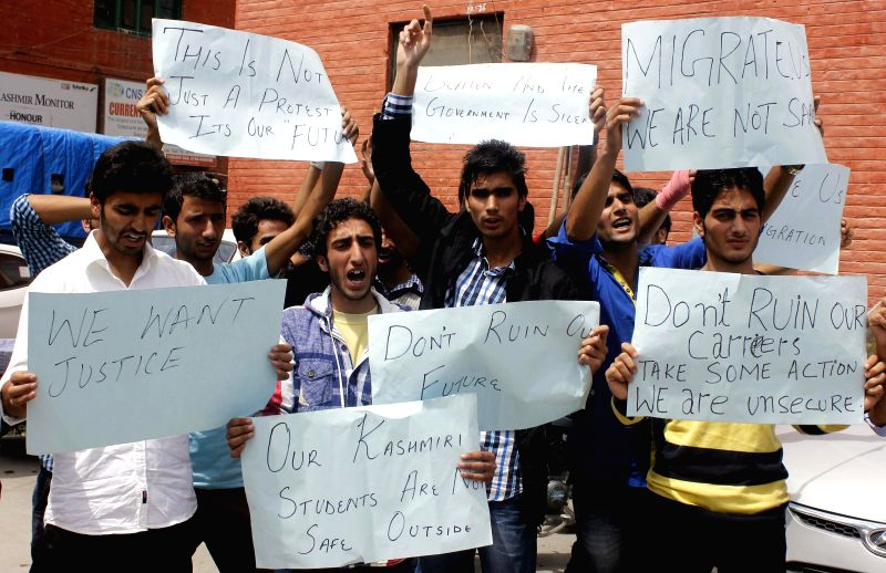 B.Tech students of a college in Mohali, Punjab stage a demonstration against harassment by college administration, in Srinagar on Sept 1, 2014.