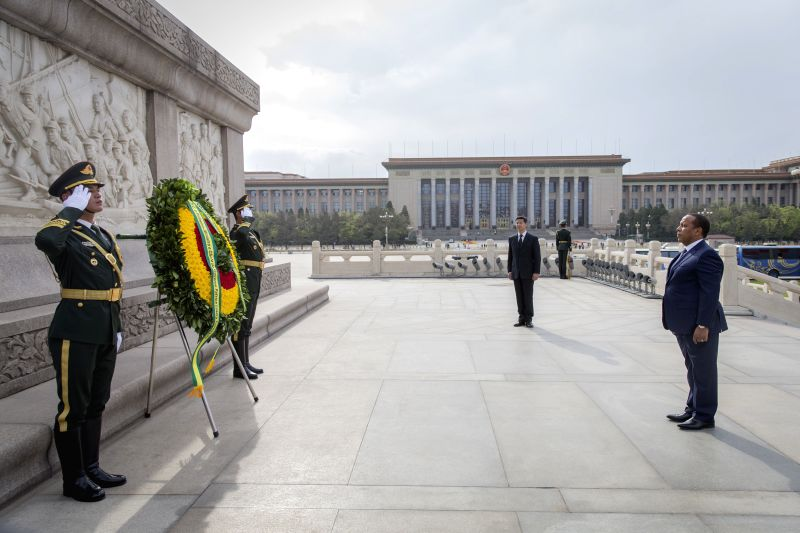 BEIJING, April 14, 2017 - Sao Tome and Principe Prime Minister Patrice Trovoada presents a wreath to the Monument to the People's Heroes at the Tian'anmen Square in Beijing, capital of China, April ... - Patrice Trovoada