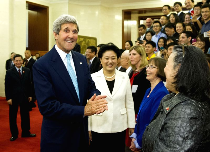 Chinese Vice Premier Liu Yandong and U.S. Secretary of State John Kerry  meet with Chinese and American overseas student representatives, renowned figures in the ...