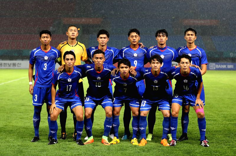 BEKASI, Aug. 10, 2018 - Players of Chinese Taipei line up for photos before the Men's Football Group A match between Chinese Taipei and Palestine at the 18th Asian Games at Patriot Stadium in Bekasi, ...