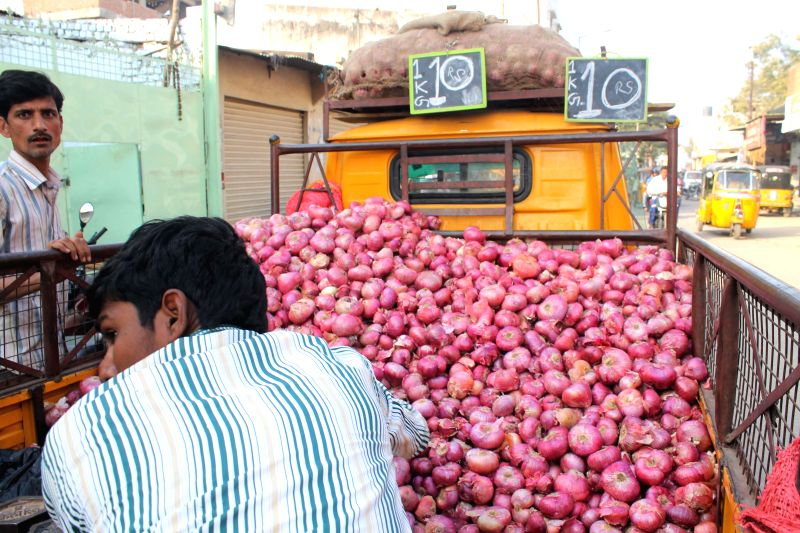 Believe it or not, onions are selling costlier than apples in the national capital.