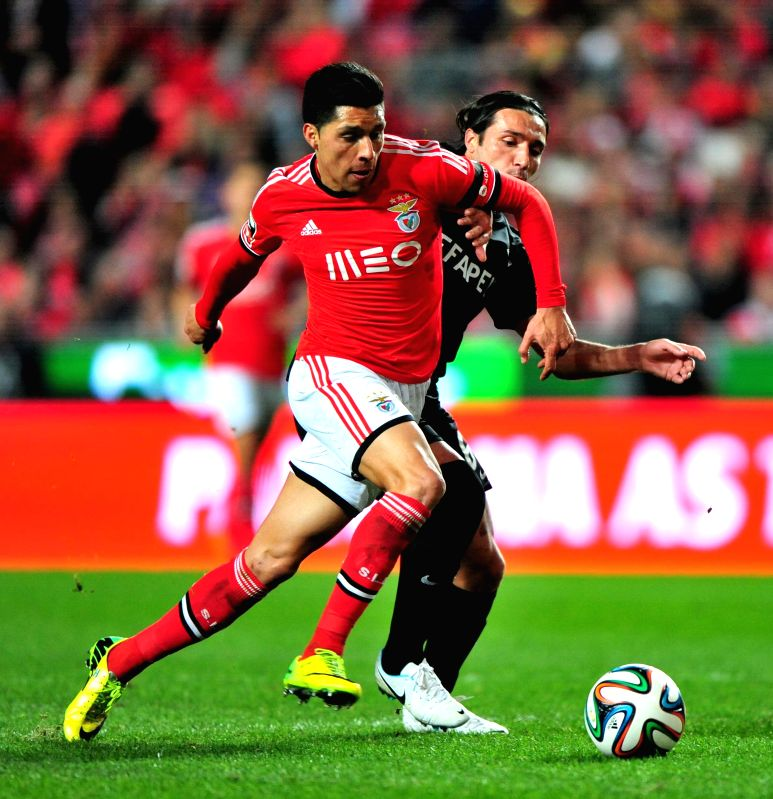 Lucas Moura Of Psg In Action During The Ligue 1 Match: Lisbon (Portugal): Portuguese Premier League