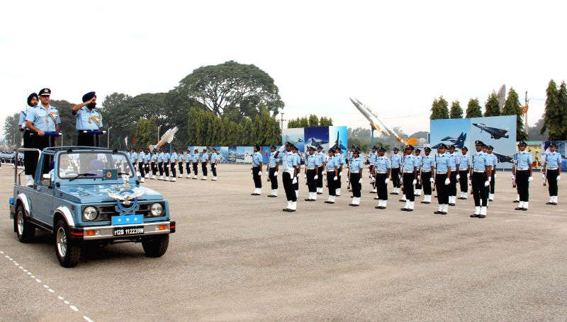 Air Officer In-charge Maintenance, Air HQ, Air Marshal Jagjeet Singh, inspects the guard of honour at the passing out parade of Air Force Technical College, in Bengaluru on Nov 28, 2014. - Marshal Jagjeet Singh