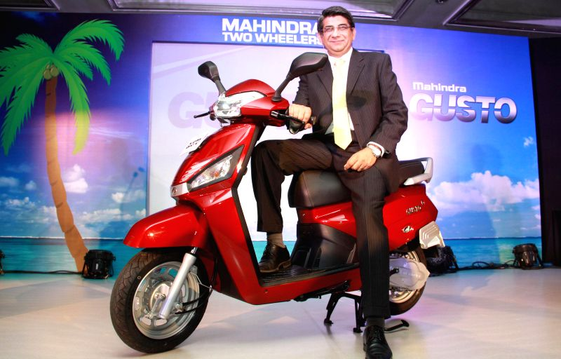 Chief of Operations Mahindra Two Wheelers Viren Popli at the launch of `GUSTO` in Bengaluru, on Jan 7, 2015.