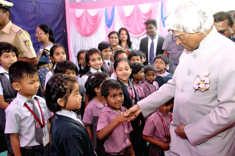 Former President of India Dr. A.P.J. Abdul Kalam interacts with school students in Bengaluru, on Jan 19, 2015.