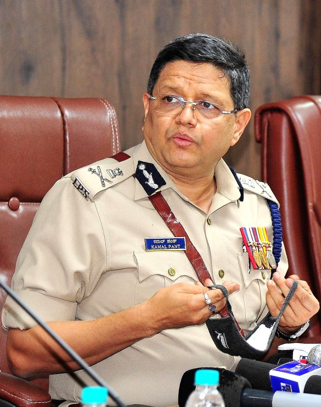 Bengaluru : Kamal Panth takes charge as the new Bengaluru Police Commissioner replacing Bhaskar Rao, outgoing police commissioner at Police Commissioner Office, in Bengaluru on Aug 1, 2020.