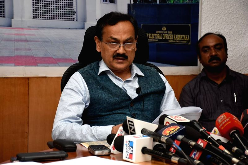Bengaluru: Karnataka Election Commissioner Chief Sanjiv Kumar addresses a press conference at the Chief Election Commission office, in Bengaluru on March 10, 2019. (Photo: IANS)
