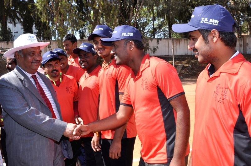 Karnataka High Court Judge, Justice K L Manjunath interacts with the players at the inauguration of the `Vakil Cup` advocates' cricket tournament at YMCA grounds, in Bengaluru on Feb 25, ...