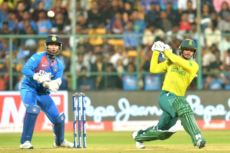 Bengaluru: South African skipper Quinton de Kock in action during the 3rd T20I match between India and South Africa at M. Chinnaswamy Stadium in Bengaluru on Sep 22, 2019.