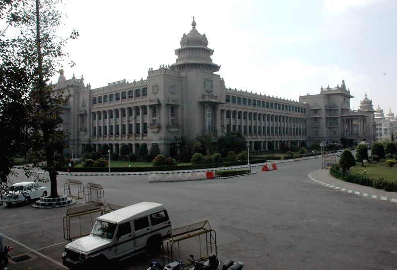 Vidhana Soudha wears a deserted look as the winter session of Karnataka Assembly is being held at the Suvarna Vidhana Soudha in Belagavi, on Dec 10, 2014.