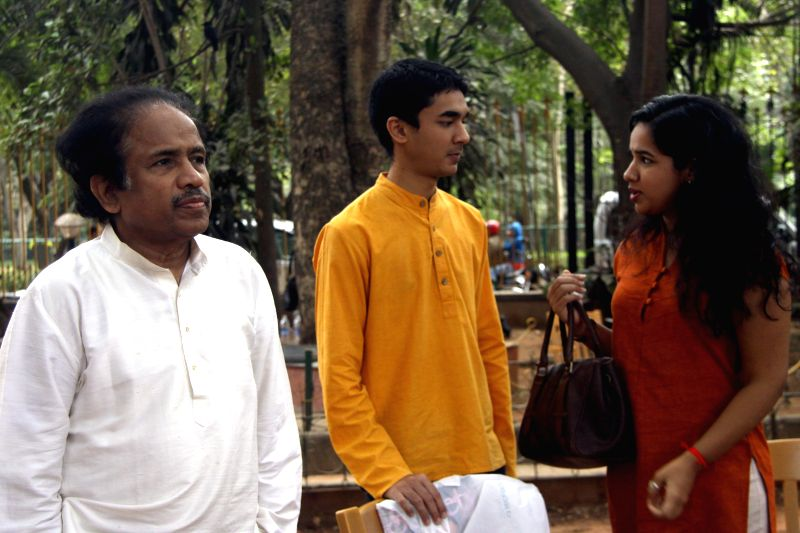 Violinist L. Subramaniam, his daughter Bindu Subramaniam and son Ambi Subramaniam arrive to address a press conference regarding the launch of Subramaniam Academy of Performing Arts in ...