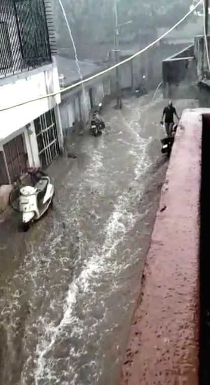 Bhavnagar: Gujarat's Bhavnagar witnesses heavy rains accompanied by strong winds triggered by the effect of cyclone Nisarga that made a landfall near Raigad in Maharashtra; on June 3, 2020. (Photo: IANS)