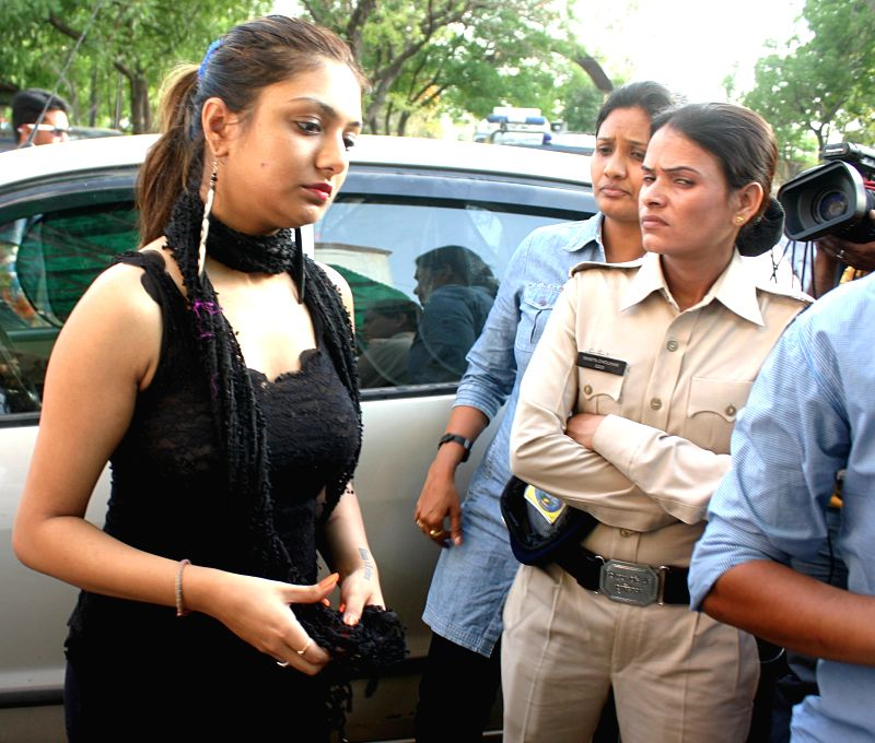 Actress Khushi Mukherjee who was allegedly sexually harassed by a hotel staff in Bhopal arrives at a police station on May 1, 2015. - Khushi Mukherjee
