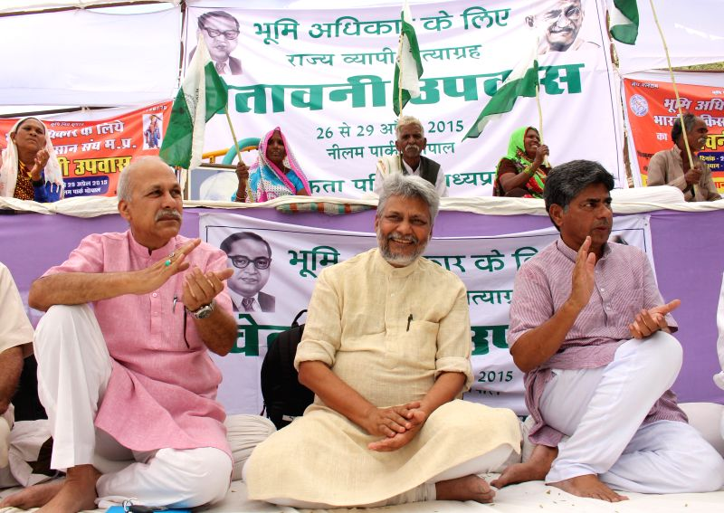 Water conservationist Rajendra Singh during an Ekta Parishad programme organised in support of Khandwa `jal satyagrahis` in Bhopal on April 28, 2015. - Rajendra Singh