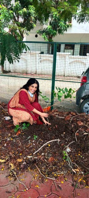 Bhopal: Women's group adopting plants in Bhopal.
