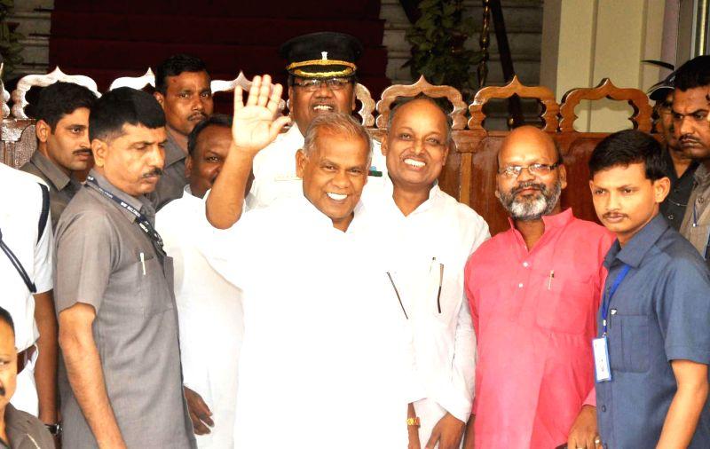 Bihar Chief Minister Jitan Ram Majhi arrives to attend the Monsoon Session of Bihar Legislative Assembly in Patna on June 30, 2014. - Jitan Ram Majhi