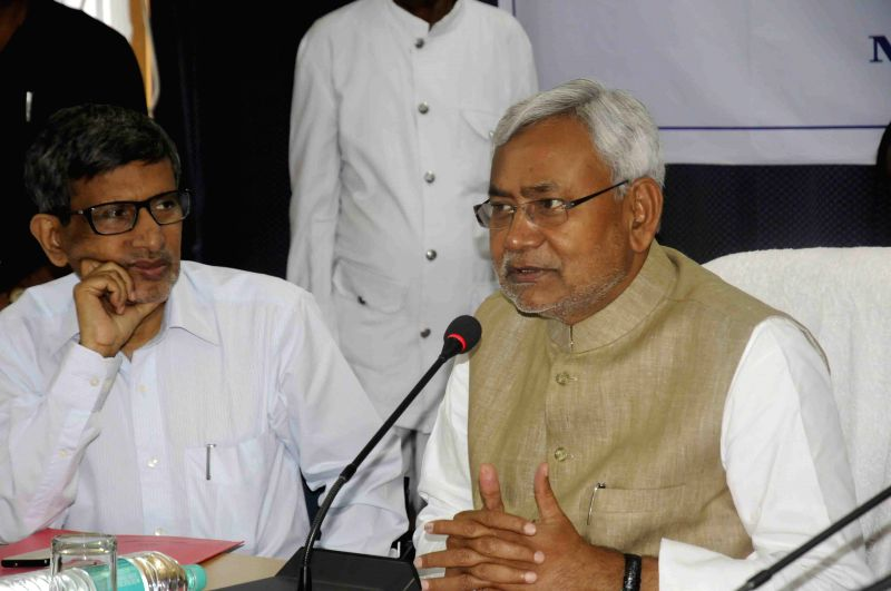 Bihar Chief Minister Nitish Kumar addresses during a programme organised to felicitate him in Patna on March 24, 2015. - Nitish Kumar