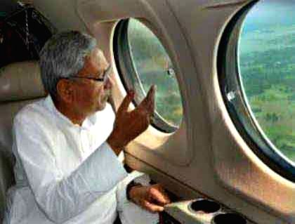 Bihar Chief Minister Nitish Kumar conducts aerial survey of flood affected areas of the state on July 28, 2016. - Nitish Kumar