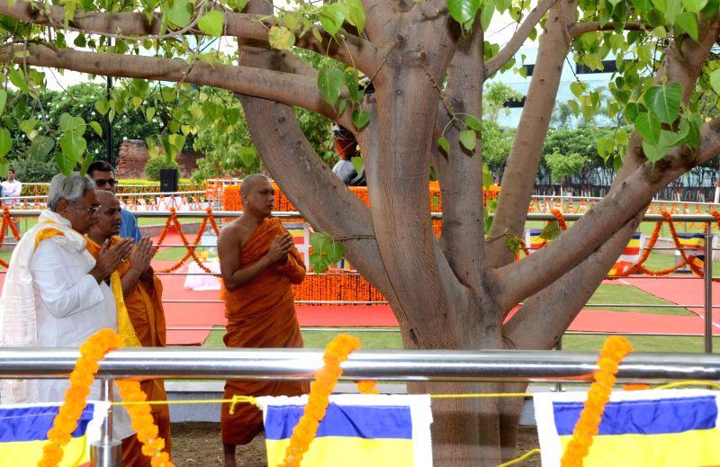 Bihar Chief Minister Nitish Kumar pays tribute on Buddha Jayanti celebration at Buddha Smriti Park in Patna on May 10, 2017. - Nitish Kumar