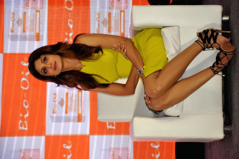 Bio Oil Yummy Mummy Shilpa Shetty at the panel discussion during the launch of The Yummy Mummy Calender in Mumbai on May 8, 2014.