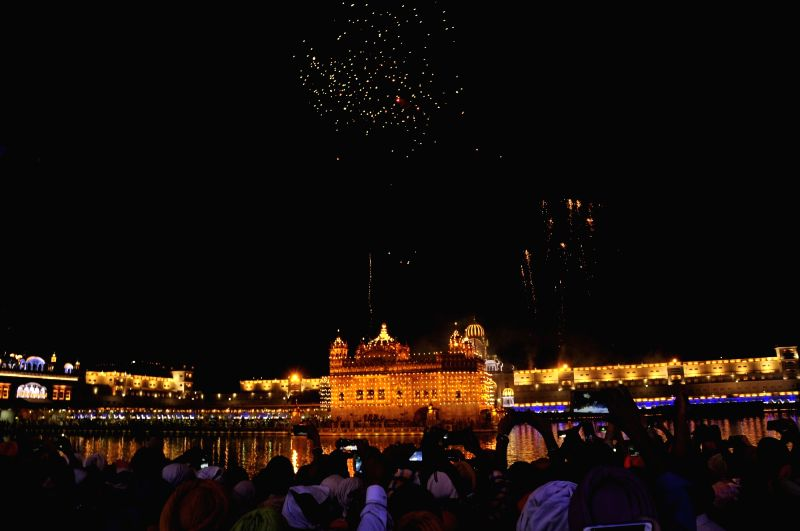 Guru Ram Das' birth anniversary celebrations at Golden Temple