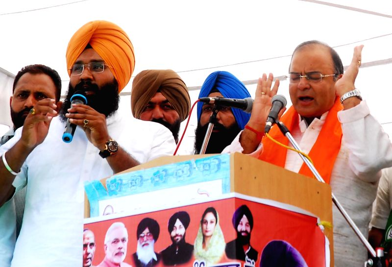 BJP candidate for 2014 Lok Sabha Election from Amritsar, Arun Jaitley during a rally in Amritsar on April 11, 2014.