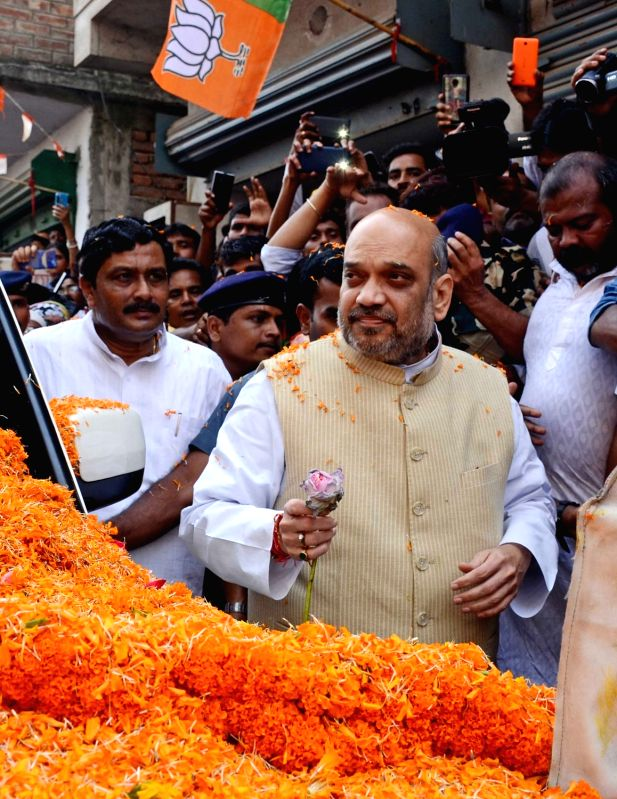 BJP chief Amit Shah campaigns for in Keshtopur Vidhan Sabha constituency in Kolkata on April 27, 2017. - Amit Shah