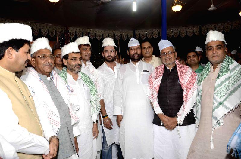 BJP leader Syed Shahnawaz Hussain, Union Minister of State for Rural Development, Panchayati Raj, Drinking Water and Sanitation Upendra Kushwaha, LJP leader Chirag Paswan, LJP chief and Union ... - Sushil Kumar Modi