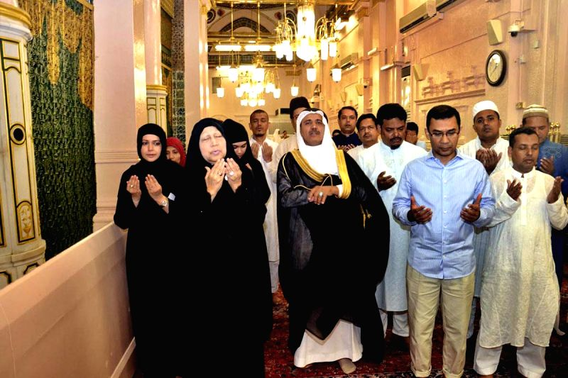 BNP Chairperson Khaleda Zia and her son Tarique Rahman visit the shrine of Prophet Muhammad in Medina, Saudi Arabia on July 21, 2014.