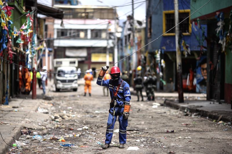 BOGOTA, June 2, 2016 - A man works in the Bronx street in Bogota, Colombia, on June 1, 2016. According to local press, on May 28, members of the security forces carried out an operation in the Bronx ...