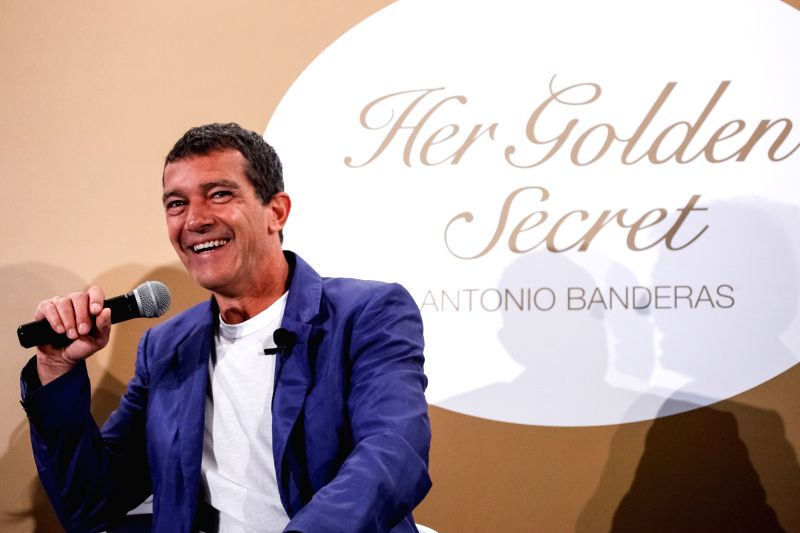 """Spanish actor Antonio Banderas takes part in a press conference about his new perfume """"Her Golden Secret"""" in Bogota, capital of Colombia, on May 5, 2014."""