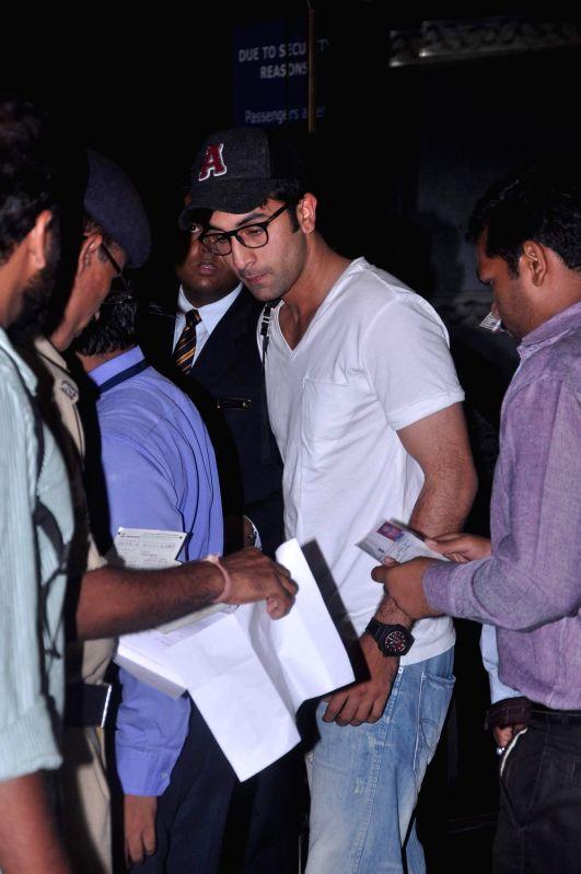 Bollywood actor Ranbir Kapoor leave for IIFA Awards at International Airport. - Ranbir Kapoor