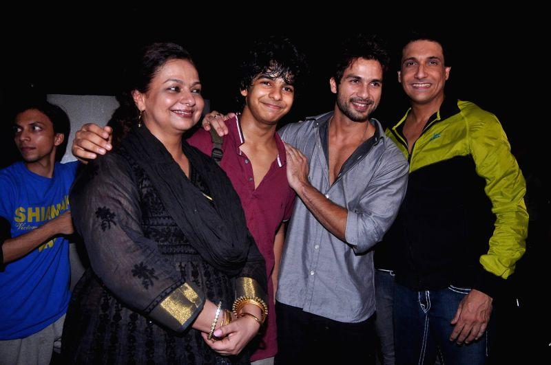 Bollywood actor Shahid at Shiamak Dawar`s Summer Funk show at Sion. - Shahid