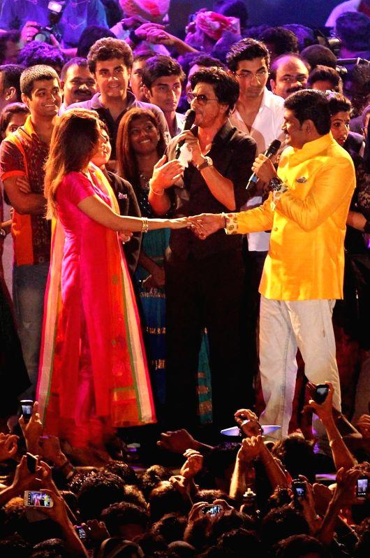 Bollywood celebs celebrates Janmashtami - Shahrukh Khan