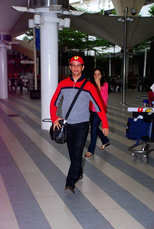 Bollywood actor Sharman Joshi return from IIFA Awards 2012. - Sharman Joshi