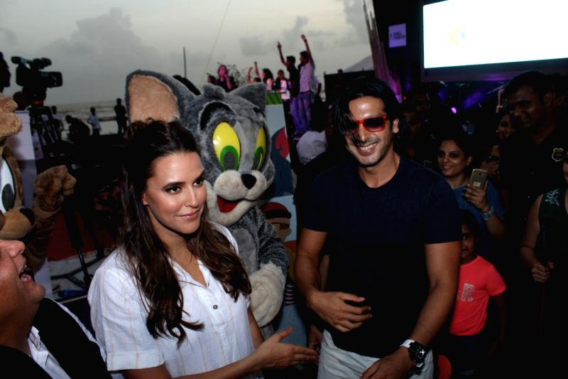 Bollywood actors Neha Dupia and Zayed Khan during a program to celebrate world environment day organized by Bhamla Foundation and MCGM in Mumbai, on June 5, 2017. - Neha Dupia and Zayed Khan