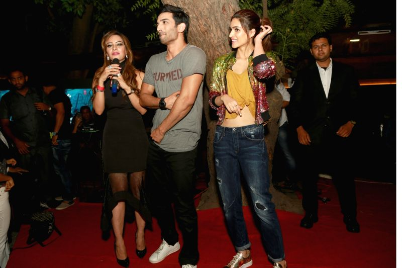 Bollywood actors Sushant Singh Rajput and Kriti Sanon during the promotion of film Raabta at Unplugged Courtyard in New Delhi on June 7, 2017. - Sushant Singh Rajput and Kriti Sanon
