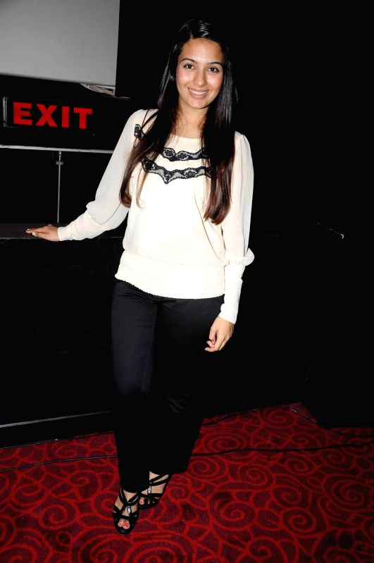 "Bollywood actress Bhavna Ruparel screened at  first look of their debut film ""Chal Pichchur Banate Hain"" at PVR Mumbai. - Bhavna Ruparel"