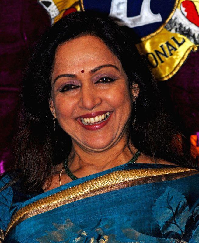 Nuucat Nude Desi Actress Tabu Hema Malini Fake Filmvz Portal