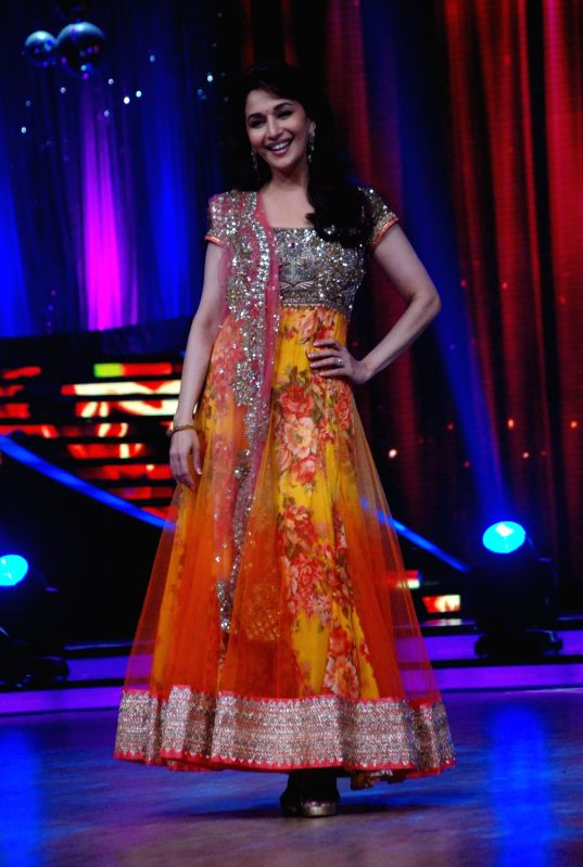 Bollywood actress Madhuri Dixit at the launch of `Jhalak Dikhhla Jaa` Season 5 at Filmistan Studios. - Madhuri Dixit