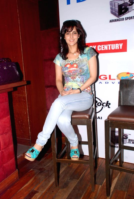 Bollywood actress Tulip Joshi Launches Football Marathon 2012 at Hard Rock Cafe. - Tulip Joshi Launches Football Marathon